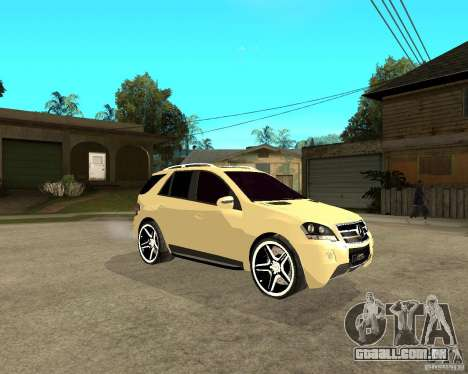 Mercedes-Benz ML 63 AMG para GTA San Andreas vista direita