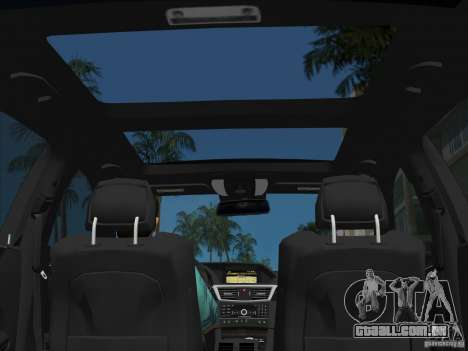 Mercedes-Benz E63 AMG para GTA Vice City interior