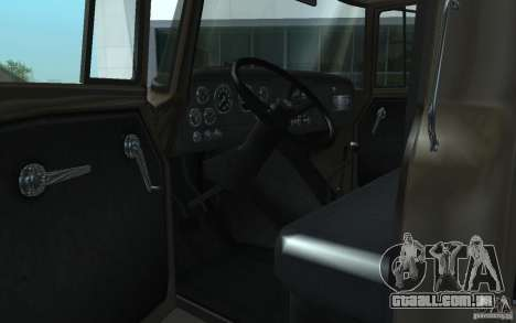 International Harvester Loadstar 1970 para GTA San Andreas vista direita