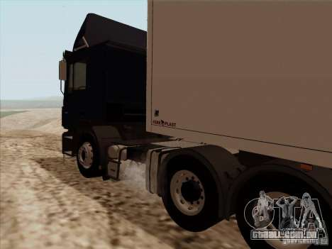 MAN F2000 6x4 para GTA San Andreas vista traseira