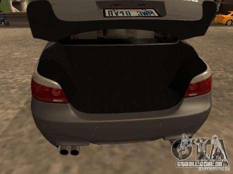 BMW M5 E60 2009 v2 para GTA San Andreas vista inferior