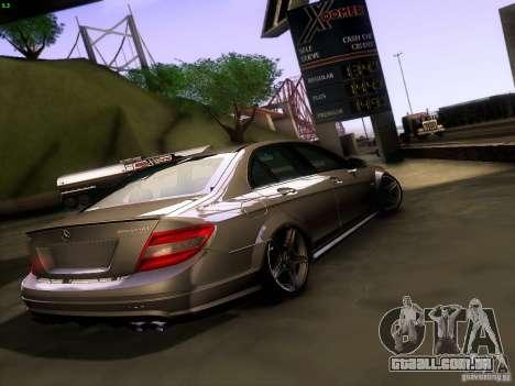 Mercedes-Benz C36 AMG para GTA San Andreas traseira esquerda vista