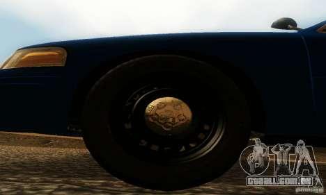 Ford Crown Victoria Michigan Police para GTA San Andreas vista direita