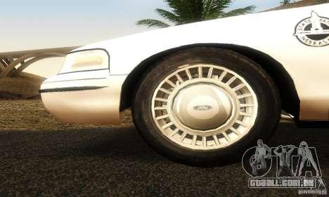 Ford Crown Victoria Neberska Police para GTA San Andreas vista direita