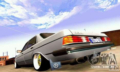 Mercedes Benz W123 para GTA San Andreas vista superior