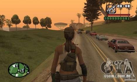 A nova garota militar para GTA San Andreas por diante tela