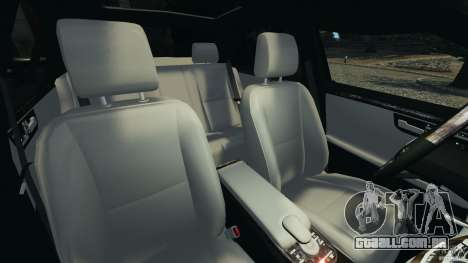 Mercedes-Benz W221 S500 2006 para GTA 4 vista interior