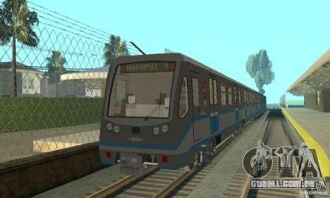 Rusich 4 trem para GTA San Andreas esquerda vista