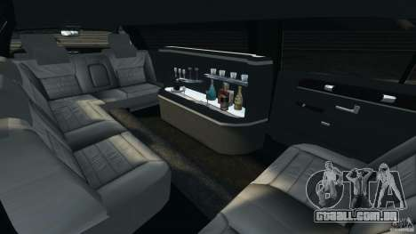Lincoln Town Car Limousine 2006 para GTA 4 vista lateral
