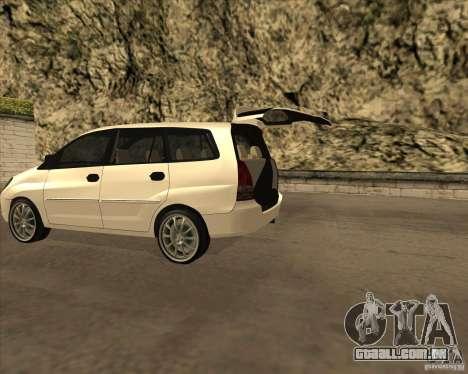 Toyota Innova para GTA San Andreas traseira esquerda vista