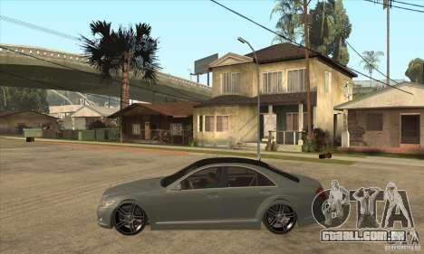 Mercedes Benz Panorama 2011 para GTA San Andreas esquerda vista