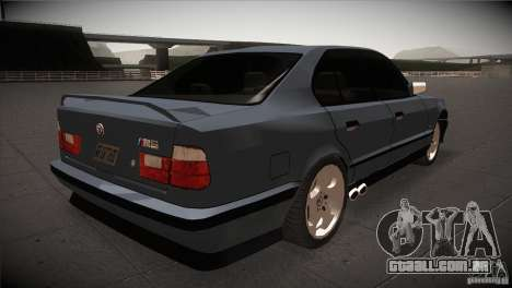 BMW M5 E34 1990 para GTA San Andreas vista direita