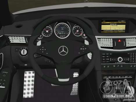 Mercedes-Benz E63 AMG para as rodas de GTA Vice City
