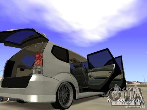 Toyota Avanza Street Edition para GTA San Andreas vista direita