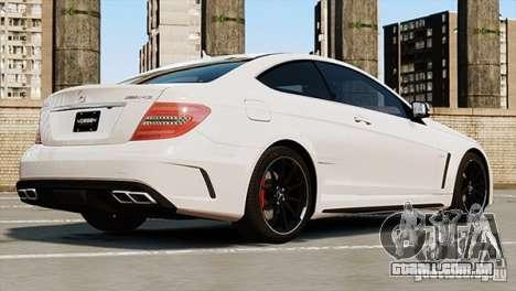 Mercedes-Benz C63 AMG para GTA 4 esquerda vista