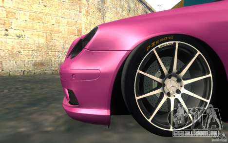 Mercedes-Benz CLK55 AMG para GTA San Andreas vista interior