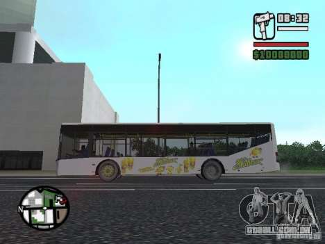 LAZ InterLAZ 12 para GTA San Andreas vista direita
