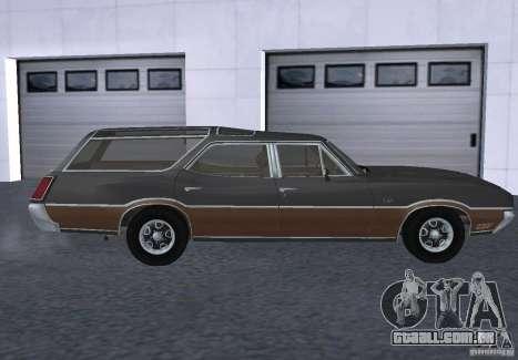 Oldsmobile Vista Cruiser 1972 para GTA San Andreas esquerda vista