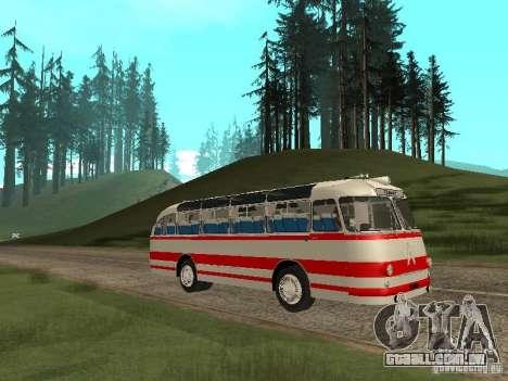 LAZ 697E turística para GTA San Andreas vista traseira