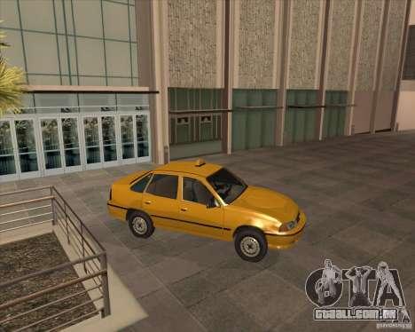 Daewoo Nexia Taxi para GTA San Andreas traseira esquerda vista