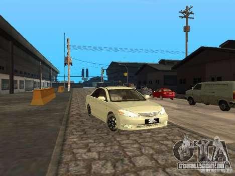 Toyota Camry 2003 para GTA San Andreas esquerda vista