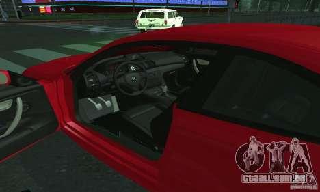 BMW 135i Coupé para GTA San Andreas vista direita