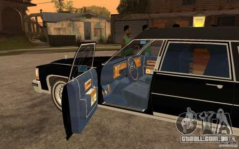 Cadillac Fleetwood Hearse 1985 para GTA San Andreas esquerda vista