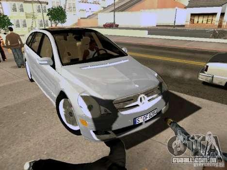 Mercedes Benz R300 para GTA San Andreas traseira esquerda vista
