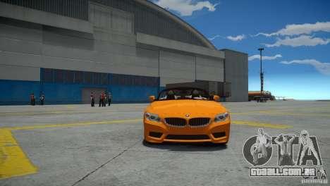 BMW Z4 sDrive 28is para GTA 4 vista direita