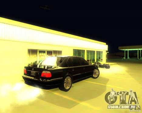 BMW 750i e38 2001 M-Packet para GTA San Andreas vista direita