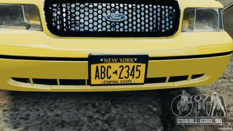 Ford Crown Victoria NYC Taxi 2004 para GTA 4 vista de volta