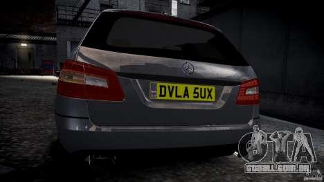 Vagão de Mercedes E-Class para GTA 4 vista direita