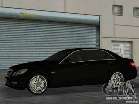 Mercedes-Benz E63 AMG para GTA Vice City deixou vista