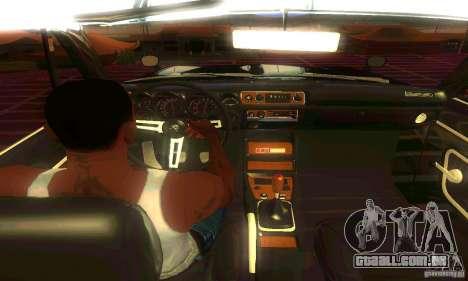 Nissan Skyline 2000-GTR para GTA San Andreas vista traseira