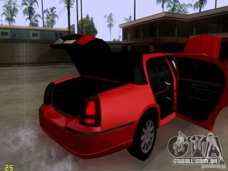 Lincoln Towncar 2010 para GTA San Andreas vista interior