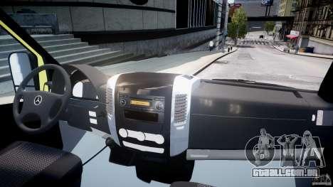 Mercedes-Benz Sprinter PK731 Ambulance [ELS] para GTA 4 vista direita