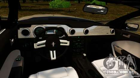 Ford Mustang GT 2005 para GTA 4 vista de volta