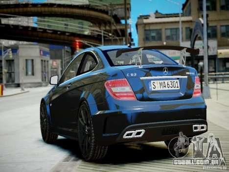 Mercedes-Benz C63 AMG Black Series 2012 v1.0 para GTA 4 traseira esquerda vista