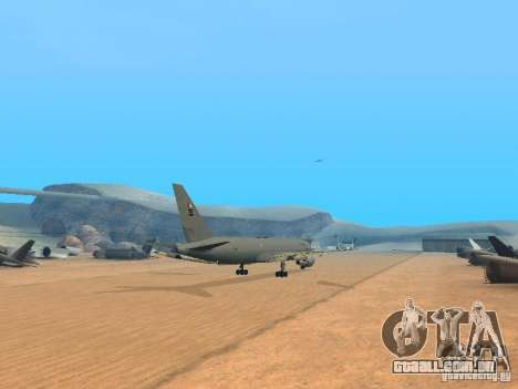 Boeing KC767 U.S Air Force para GTA San Andreas vista direita