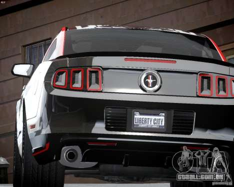 Ford Mustang Boss 302 para GTA 4 vista lateral