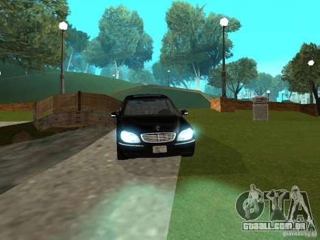 Mercedes-Benz S600 Biturbo 2003 v2 para GTA San Andreas vista direita