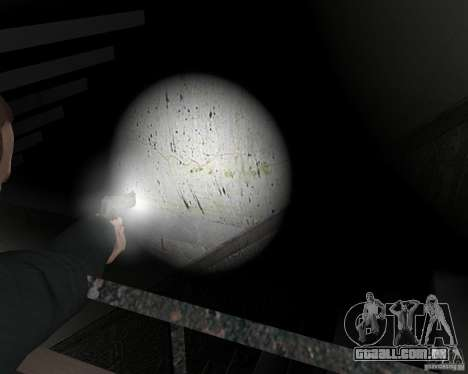 Flashlight for Weapons v 2.0 para GTA 4 nono tela