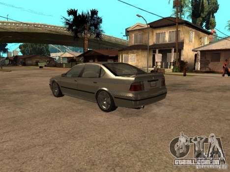 O mérito de Gta 4 para GTA San Andreas traseira esquerda vista