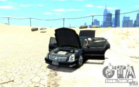 Cadillac DTS v 2.0 para GTA 4 vista de volta