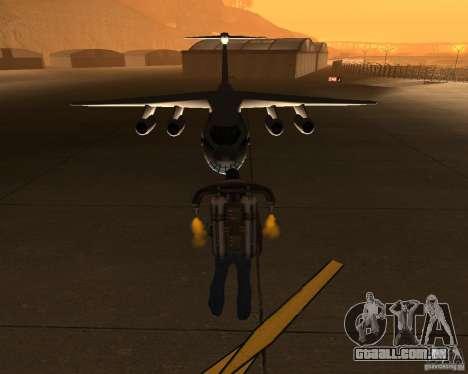 O IL-76 para GTA San Andreas vista traseira