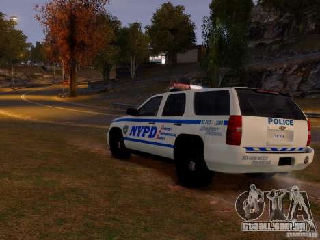 Chevrolet Tahoe New York Police para GTA 4 vista direita