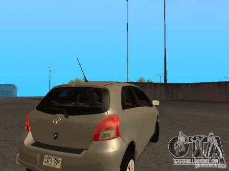 Toyota Yaris Sport 2008 para GTA San Andreas vista direita