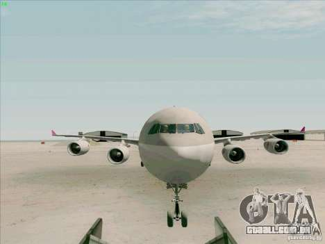 Airbus A-340-600 Quatar para GTA San Andreas vista interior