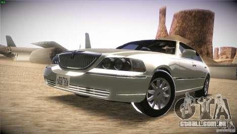 Lincoln Towncar 2010 para GTA San Andreas esquerda vista