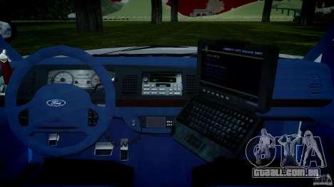 Ford Crown Victoria 2003 v.2 NOoSe para GTA 4 vista direita